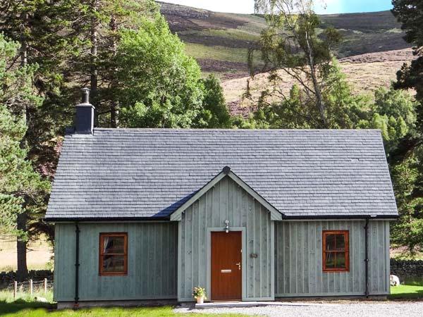morven-cottage-ballater-cairngorms-exterior