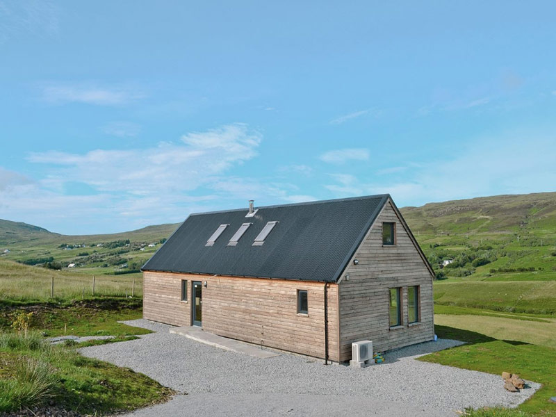 Valley View in Holmisdale near Dunvegan Skye exterior - best places to stay in Skye